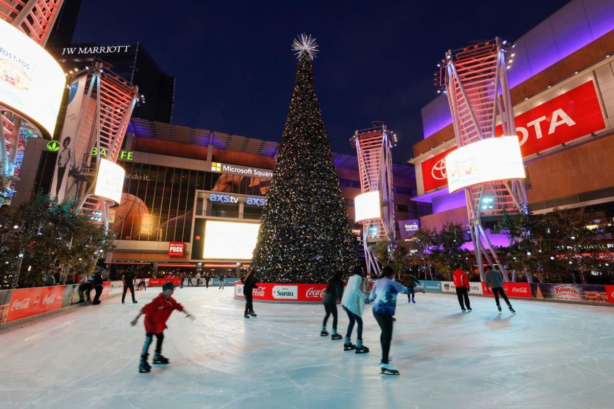 Christmas Ice Skating.La S Ice Skating Rink And Christmas Tree Guide