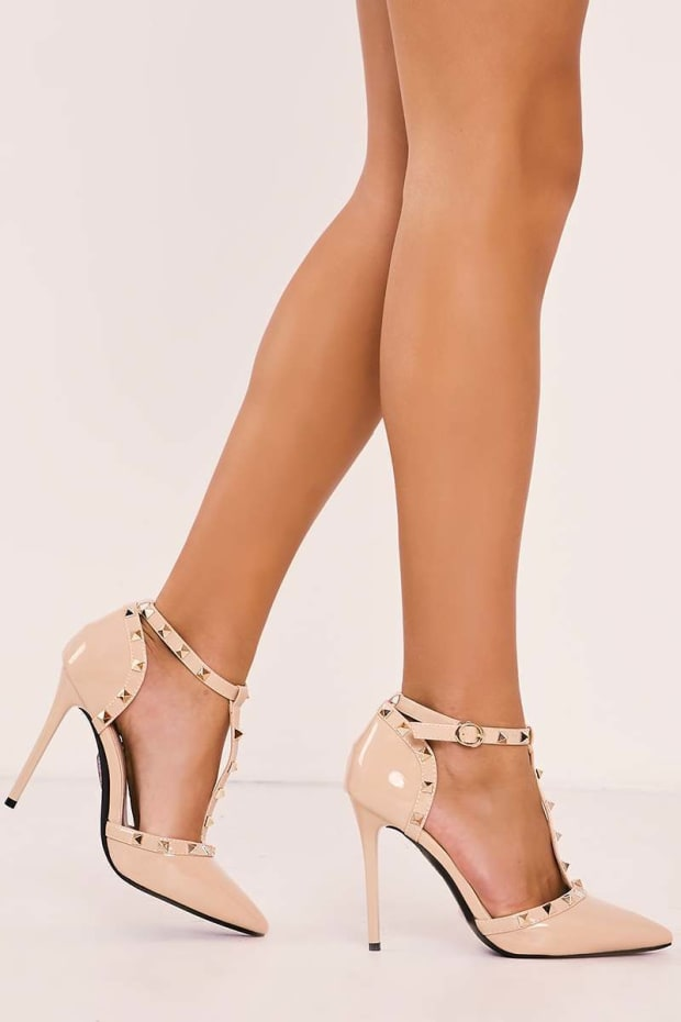 VALLA NUDE STUDDED STRAPPY POINTED COURT HEELS