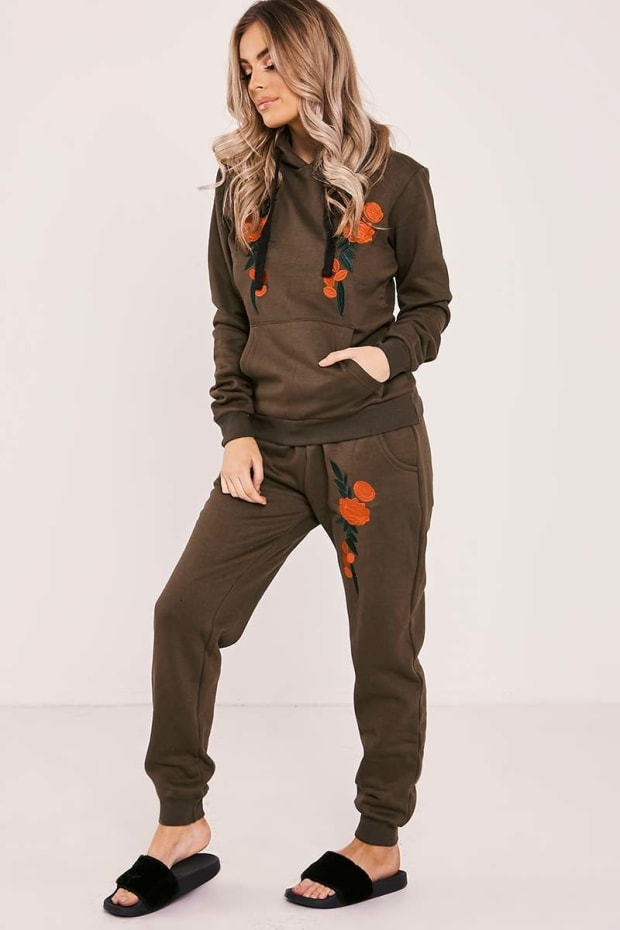 DEANN KHAKI FLORAL EMBROIDERED HOODED LOUNGEWEAR SET
