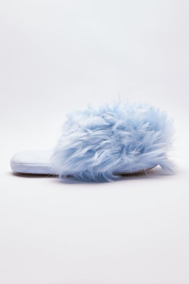 VEDRIA BLUE FLUFFY SLIPPERS