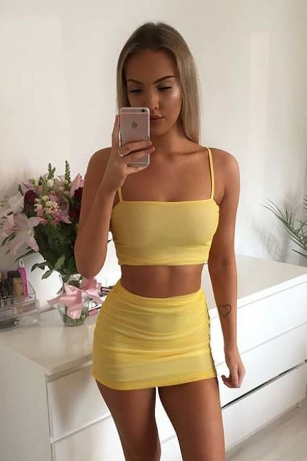SARAH ASHCROFT YELLOW RUCHED MESH CROP TOP
