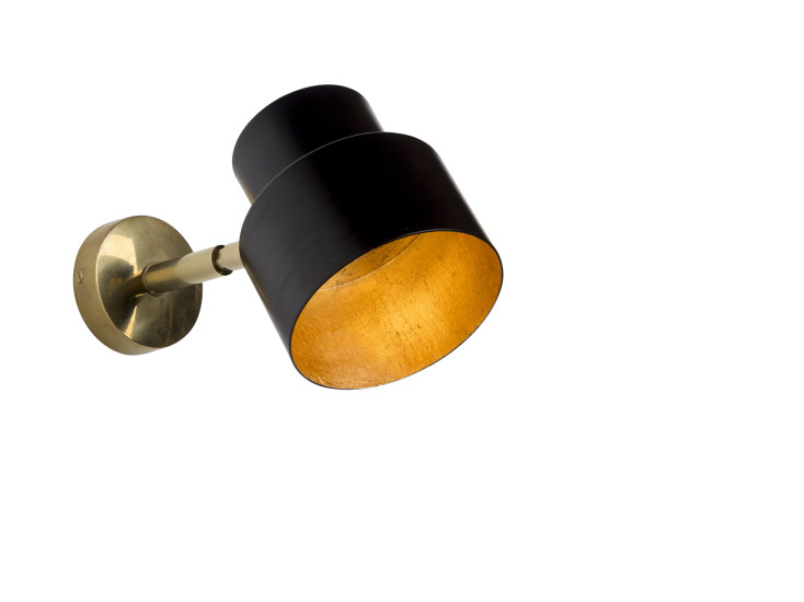 Satellite 03l: Wall lamp available in different finishings