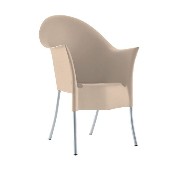 Lord Yo: Armchair available in different finishings