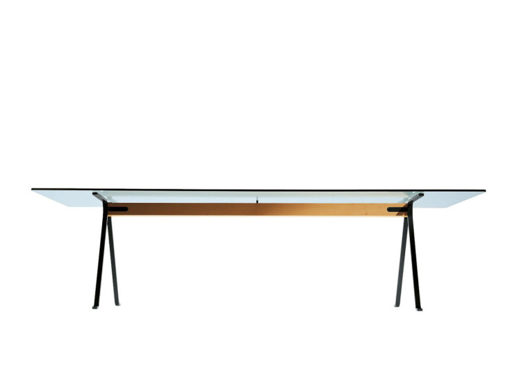 Frate: Table available in different sizes