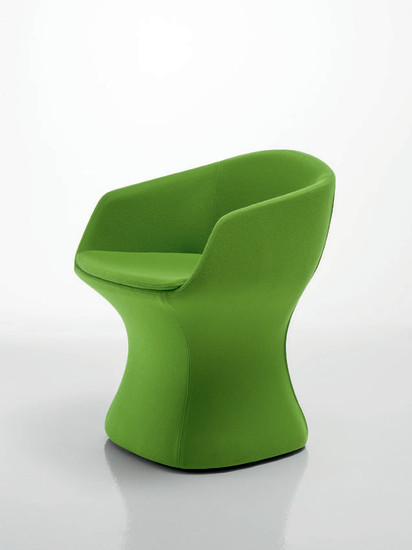 So Pretty: Small armchair available in different colour