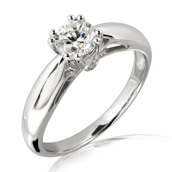 แหวนทอง 18K ประดับเพชร น้ำหนักรวม 0.30 กะรัต ค่าสี F ค่าความสะอาด VS1 EX/EX/EX เพชรมาพร้อมใบรับรองจากสถาบัน GIA