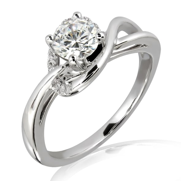 แหวนทอง 18K ประดับเพชร น้ำหนักรวม 0.36 กะรัต ค่าสี D ค่าความสะอาด VVS2 EX/EX/EX เพชรมาพร้อมใบรับรองจาก GIA