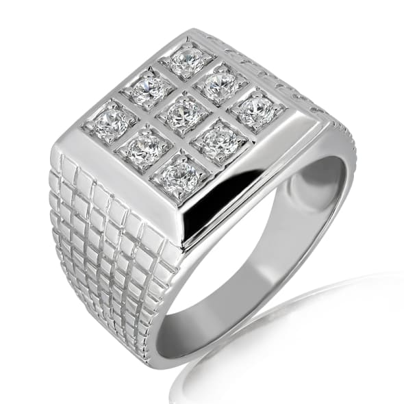 แหวนทอง 18K ประดับเพชร น้ำหนักรวม 0.45 กะรัต ค่าสี E ค่าความสะอาด VS2