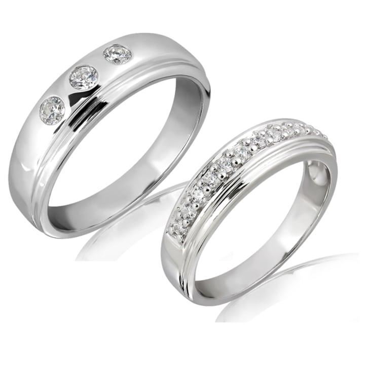 แหวนทองคู่รัก 18K ประดับเพชร น้ำหนักรวม 0.30 กะรัต ค่าสี E ค่าความสะอาด VS