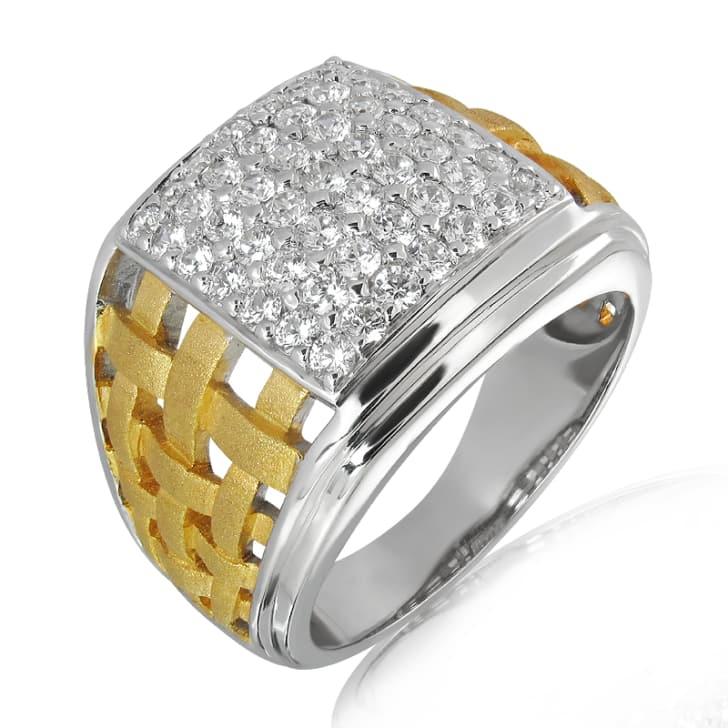 แหวนทอง 18K ประดับเพชร น้ำหนักรวม 1.23 กะรัต ค่าสี E ค่าความสะอาด VS2