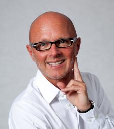 Dr. Peter Scheffel