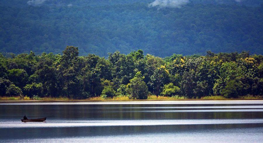 Water safari in Satpura