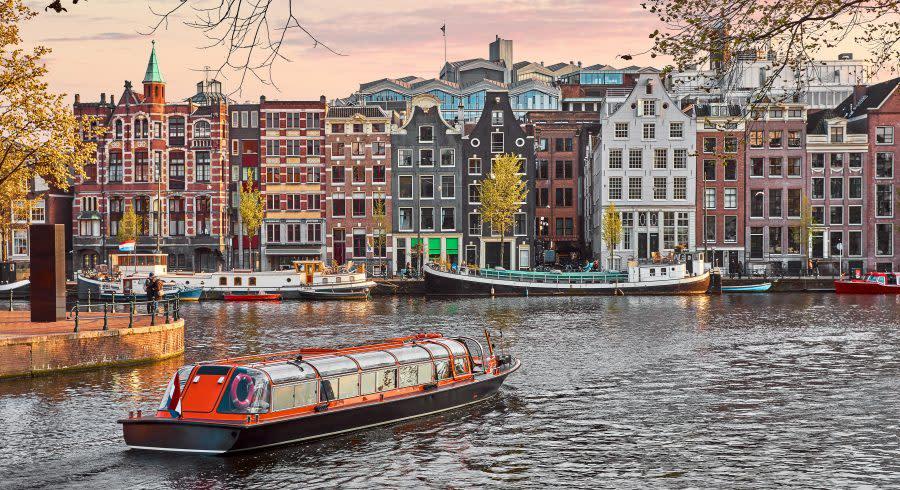 Amsterdam city - European Capitals travel Guide