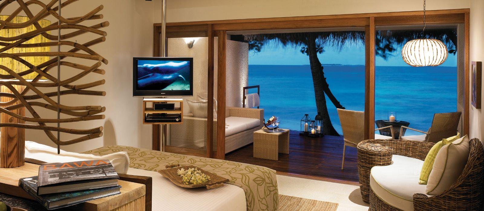 Hotel Vivanta by Taj – Coral Reef Maldives
