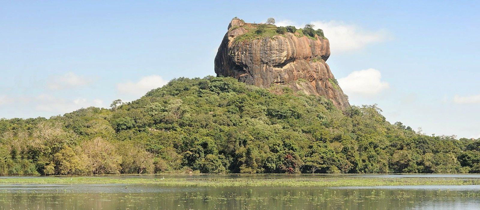 Ancient Wonders and Beaches of Sri Lanka Tour Trip 8