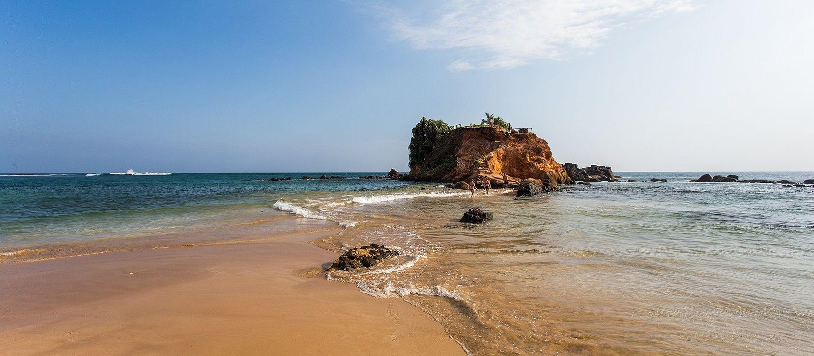 Backwaters to Beaches – Best of Kerala and Sri Lanka Tour Trip 6