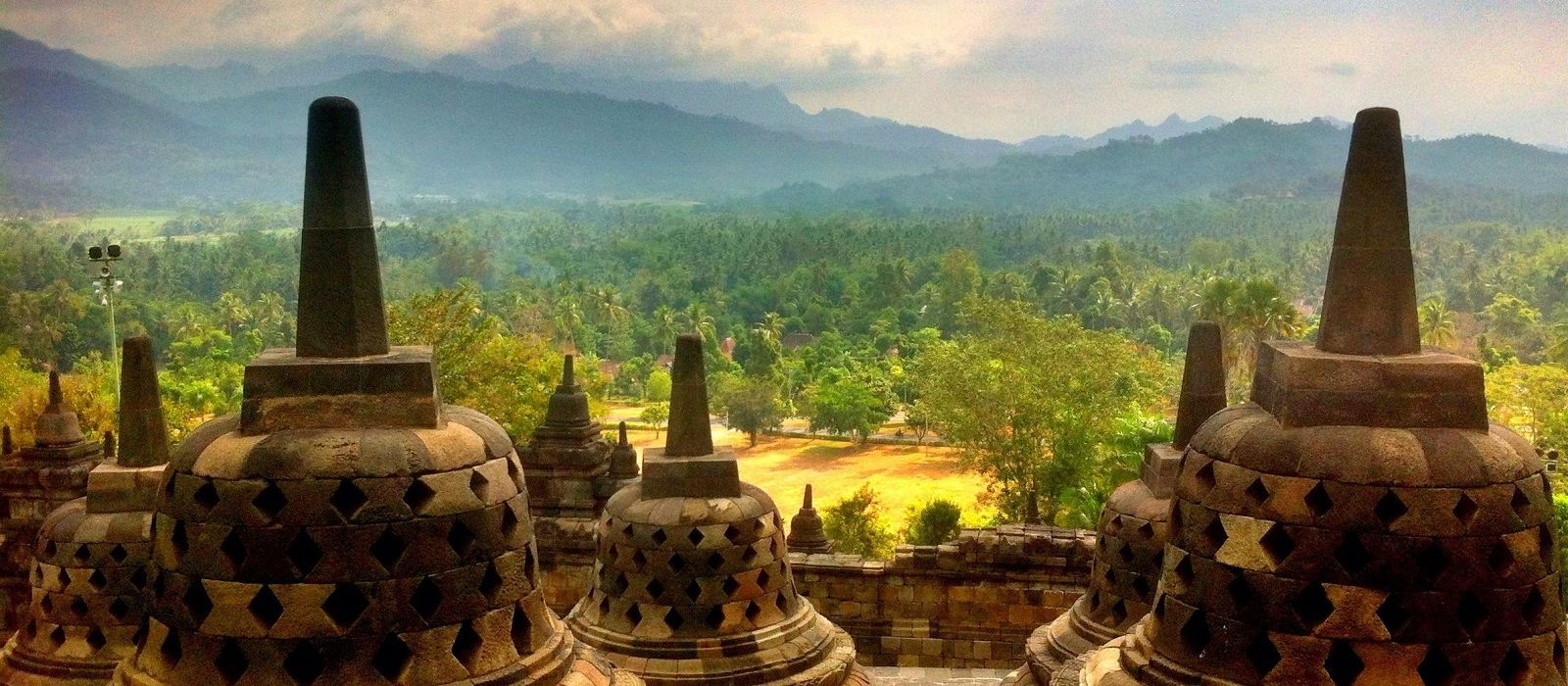 Festive Special: Indonesia's Timeless Landscapes and Unique Culture Tour Trip 3