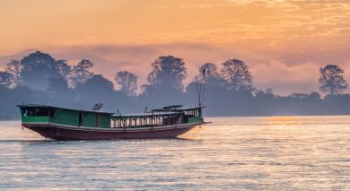 Example private tour: Luxury Cruising on the Mighty Mekong