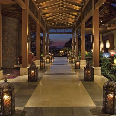 Lobby walkway