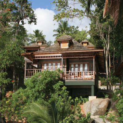 Deluxe Oceanfront Villa