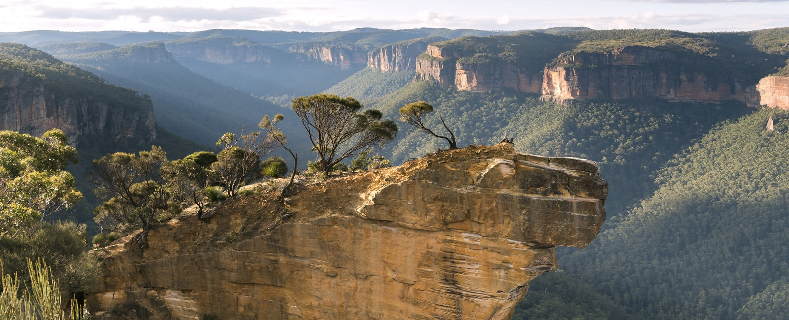 Hanging Rock Lookout, Blue Mountains, Australia