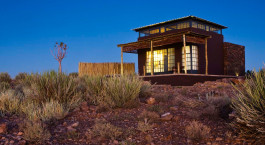 Außenansicht im Fish River Lodge in Fish River Canyon, Namibia