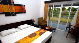 Bedroom at Ametheyst Hotel in Sri Lanka, Pasikudah