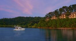 Meerblick bei Sonnenuntergang im Gaya Island Resort, Kota Kinabalu, Malaysia
