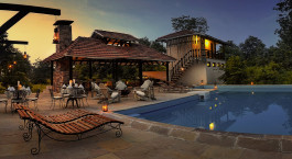 Pool at Denwa Backwater Escape Hotel in Satpura, Central- & West India