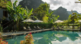 Enchanting Travels - Asia Tours- Vietnam- Tam Coc Garden - Hotel - pool