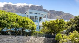 Außenansicht des Manna Bay Hotel in Kapstadt, Südafrika