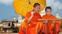 Buddhist monks Laos tours