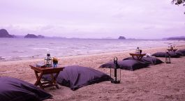 Enchanting Travels - Thailand Tours - Tubkaak Boutique Resort - outdoor dining area