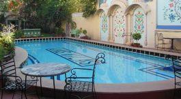 Pool im Jas Vilas in Jaipur, Nordindien