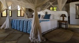 Schlafzimmer im The Tides Hotel in Pangani, Tansania