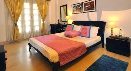 Colonels Retreat Hotel Delhi India Tour