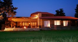 King's Lodge Bandhavgarh India Safari