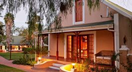 Exterior view at hotel Montana Guest Farm in Little Karoo (Oudtshoorn), South Africa