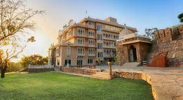 Enchanting Travels India Tours Udaipur Hotels Fateh Niwas Udaipur dusk