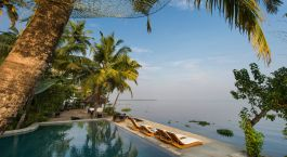 Enchanting Travels - Südindien Resien - Allapey - Malabar Escapes Purity Resort, Muhamma - Strand / Pool