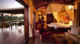 Doppelzimmer mit privater Terrasse im Lion Sands Narina Lodge Hotel im südlichen Krüger, Südafrika