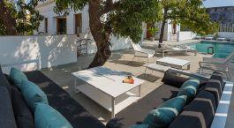Pool area at La Villa Hotel in Pondicherry, South India
