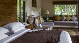 Enchanting Travels - Costa Rica Tours - Bajos del Toro Hotels - El Silencio Lodge - Bed Room