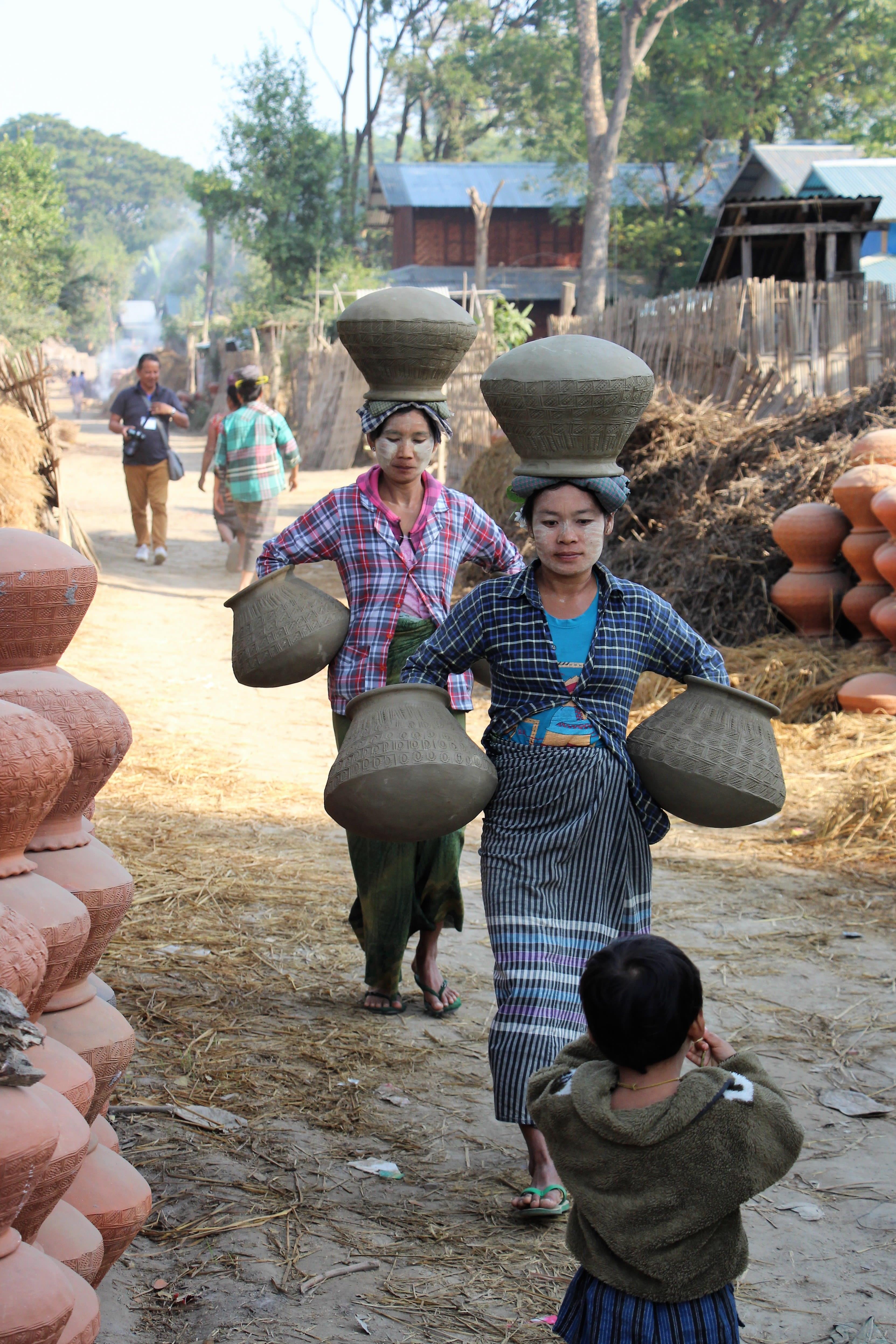 Typische Szene in einem Dorf in Myanmar
