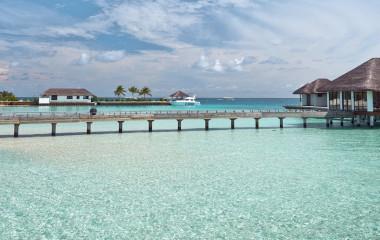 Traumhafter Urlaub: Zu den schönsten Sehenswürdigkeiten der Malediven gehören sicher die paradiesischen Strand-Resorts