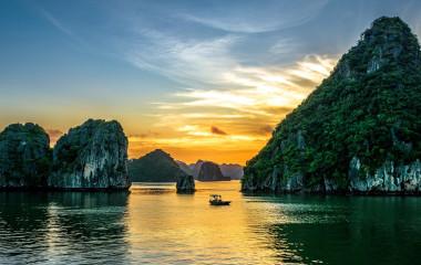 Enchanting Travels Vietnam Tours Halong Bay Sunset