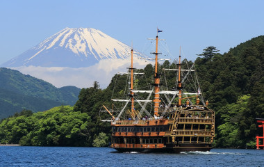 Enchanting Travels Japan Tours Hakone The Hakone Sightseeing Cruise (Hakone Pirate Ship) sails on the Ashinoko Lake with Mt. Fuji
