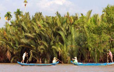 Mekong Delta in Vietnam - Mekong Delta or Halong Bay