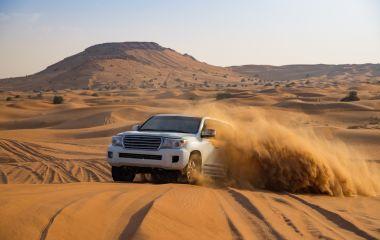 Dune bashing in Dubai- UAE Travel