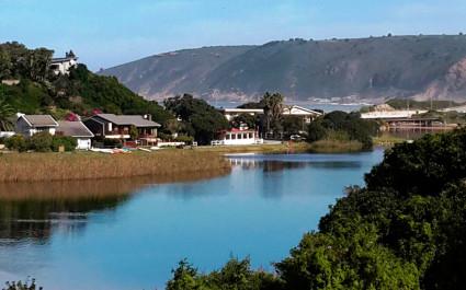 Hotel am Ufer